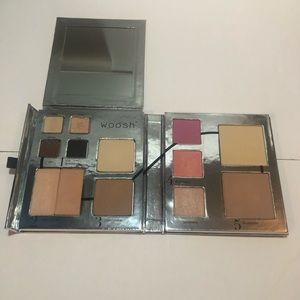 Other - Woosh Beauty Fold Out Face Palette